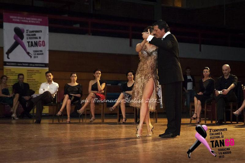 tango club